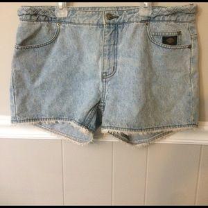 Harley Davidson Raw Edge denim shorts size 12